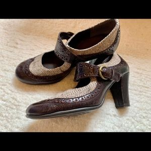 Aerosoles Tweed snd Leather Buckle Heels, sz 7